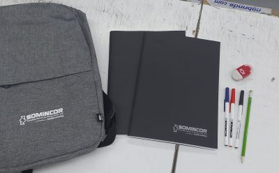 SOMINCOR oferece 5000 kits de material escolar